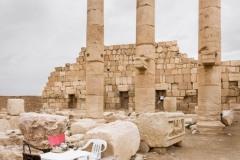 Corinthian columns and a plastic table set for tea, in the ancient Semitic city of Palmyra, Homs (Syria). Palmyra flourished in the Hellenistic period under the Seleucids and later as an independent city state of the Roman empire. In 2015, ISIS (Islamic State of Iraq and Syria) destroyed several buildings and monuments in Palmyra, including the Temple of Bel and a number of tower tombs, using explosives. Palmyra is listed as a UNESCO World Heritage Site. Columnas corintias con una set de mesa de plástico para te, en la antigua ciudad semítica de Palmira, Homs (Siria). Palmira floreció en el período helenístico bajo los seléucidas y más tarde como una ciudad independiente del estado del imperio romano. En 2015, ISIS (Estado Islámico de Irak y Siria) destruyó varios edificios y monumentos en Palmira, incluido el Templo de Bel y varias torres funerarias utilizando explosivos. Palmyra figura como Patrimonio de la Humanidad por la UNESCO.